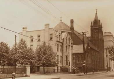VBVM-Vintage-01-New-York-Public-Library-Image-ID-706475f-Brooklyn-Richards-Street-Visitation-Place-1931-seen-from-Red-Hook-Park-Coffey-Park