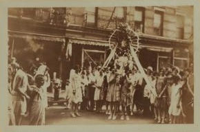 Devotees carry Saint Rocco's statue in the old Fourth Ward